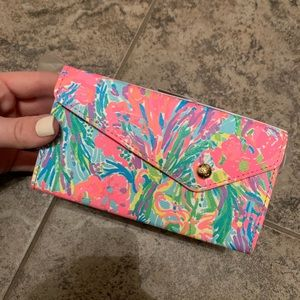 Lilly Pulitzer sunglass case NWT